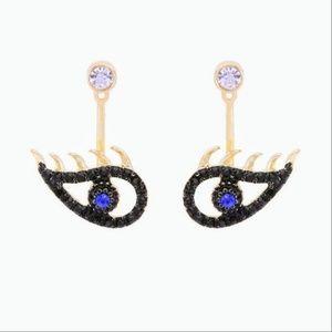 NWT Crystal Eye Earrings. Unique & Beautiful!